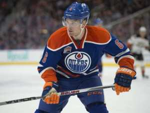 adam-larsson-6of-the-edmonton-oilers-against-the-anaheim