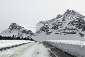 icefields-parkway-road-conditions-in-winter